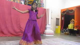 Video Chandanathin Manamulla - live Ayyappa dance download MP3, 3GP, MP4, WEBM, AVI, FLV Februari 2018