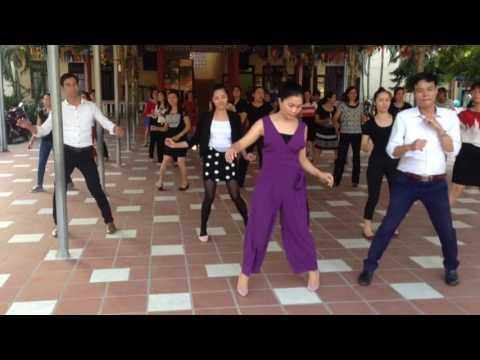 Lớp khiêu vũ tiểu hoc 2016