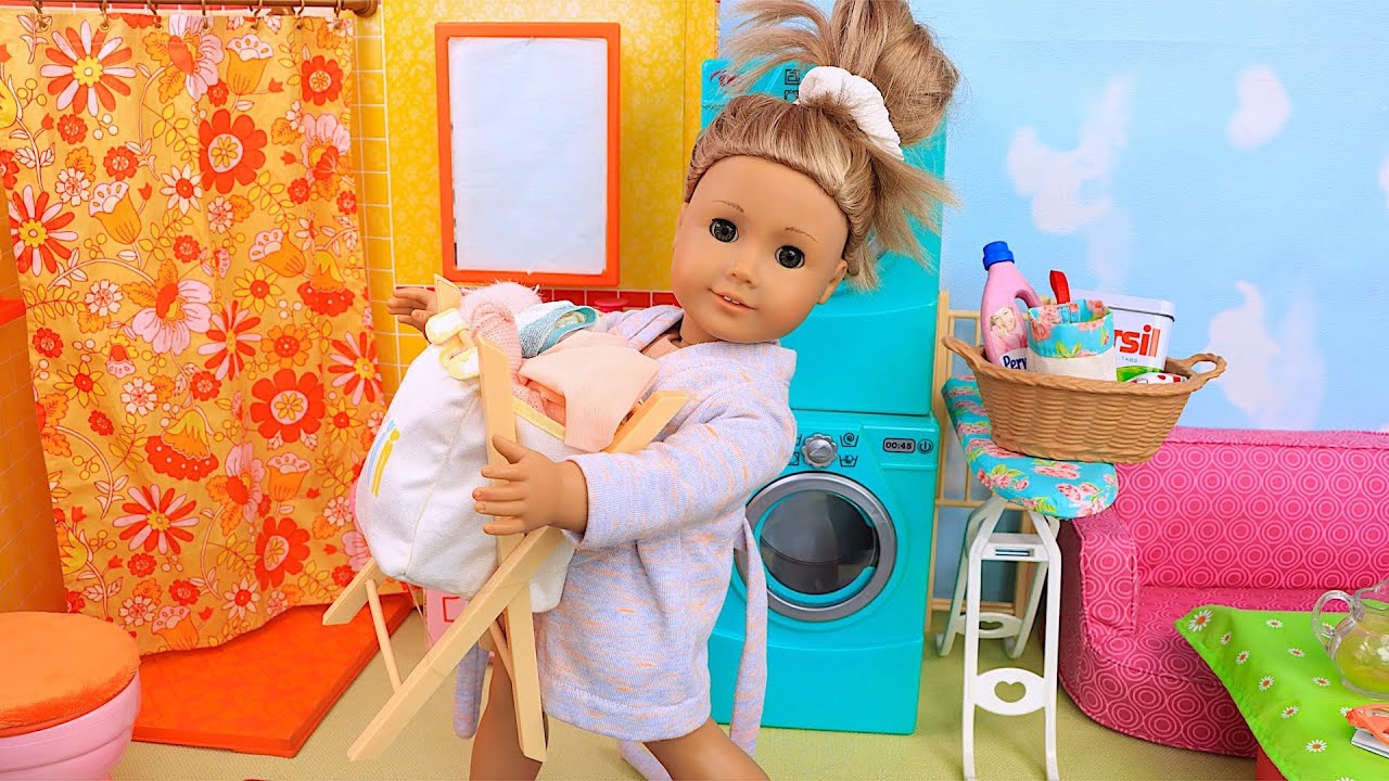 Baby doll helps her family with cleaning routine! Play Toys