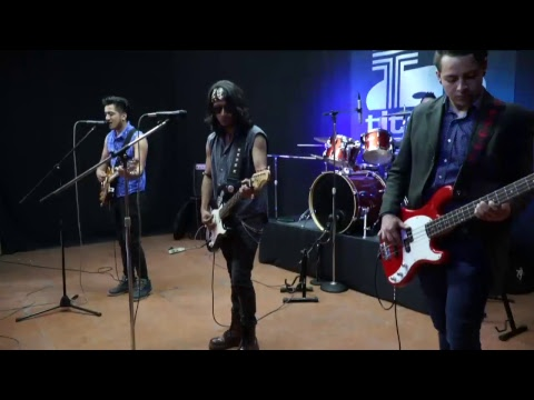 """Iniciamos Rockopolis!!! Viernes de Rock en vivo con los invitados """"JUAN YAÑEZ y ANIS BAND"""""""