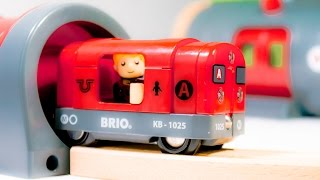 Video For Children – «metro Railway Set» Brio 33513 Wooden Toy With Red Train For Kids