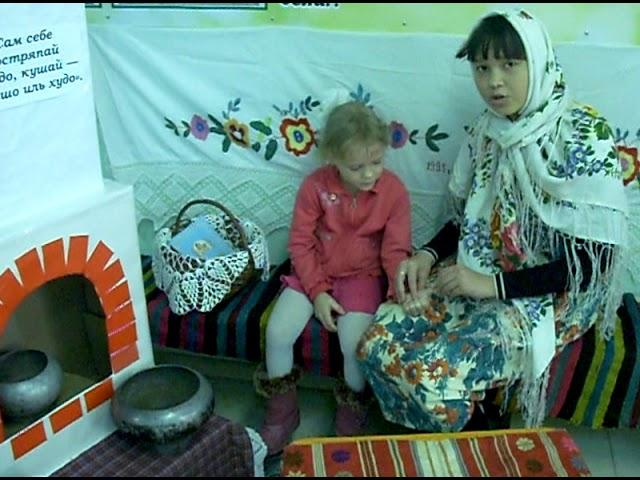 Изображение предпросмотра прочтения – КристинаЛукьянова читает произведение «Сорока воровка» (Русский фольклор )
