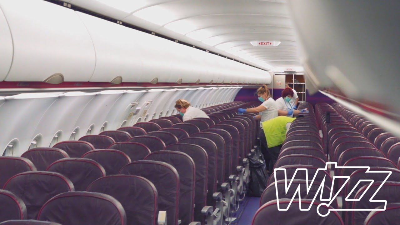 Wizz Air Cleaning The Airbus A320 After A Day In The Air Youtube