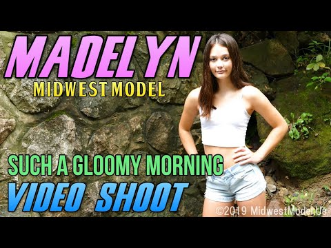 Model Madelyn - Teen Model - Such A Gloomy Morning - Midwest Model Agency