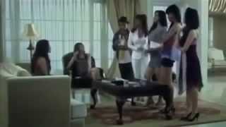 Download Video film hot Indonesia 'Pegang Dada Monthok' nikmaknya cewek cantik molus semok bahenul hot moves MP3 3GP MP4