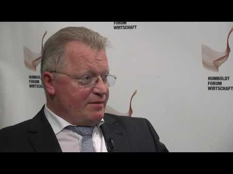 HUFW Symposium 2016   Interview Prof. Dr. Eberhard Sandschneider