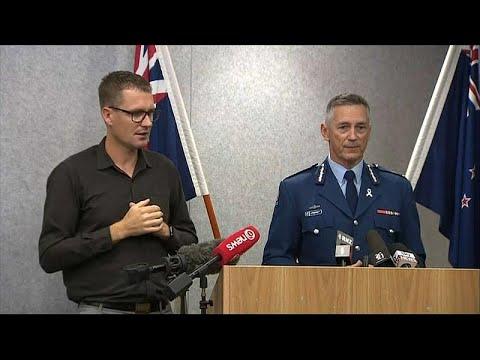 شرطة نيوزيلندا: المشتبه به في مذبحة المسجدين كان في طريقه لهدف ثالث…  - 08:53-2019 / 3 / 20