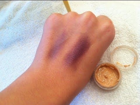 DIY Eyeshadow Primer (EASY!)