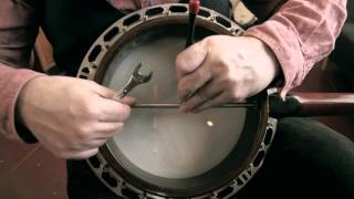 How To Adjust A Banjo Neck Alignment Rod : Banjo Basics