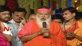 Sri Ganapathi Sachchidananda Swamiji Preaches at Bhakthi TV Koti Deepothsavam 2015