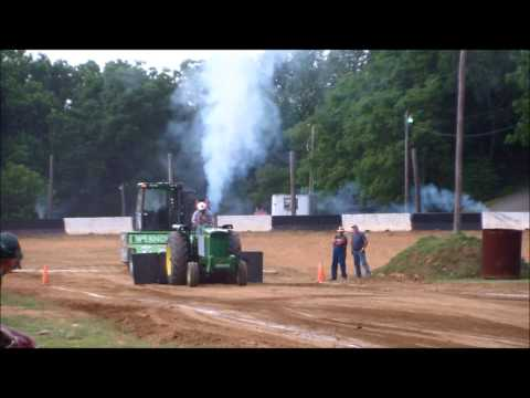 Salem Indiana Tractor Pull 2014