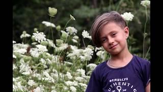 Мальчик очень красиво танцует лезгинку ! Новая лезгинка 2018  (Чеченская песня)