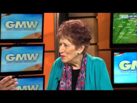 91-year-old Bethesda artist Gladys Lipton talks art with Larry Smith