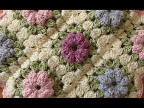 EASY crochet pretty puff stitch flower blanket - flower granny square tutorial