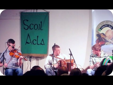 SCOIL ACLA PERFORMANCE | Ireland (Travel Vlog 384 & Geocache 11)