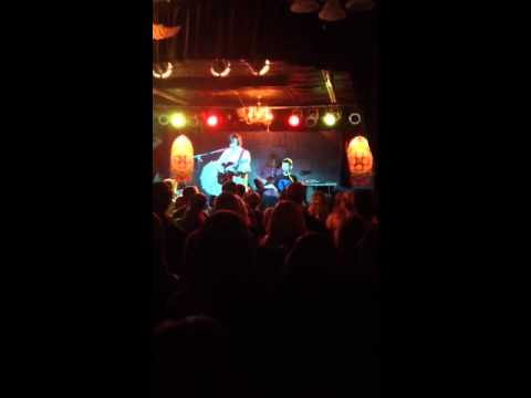 T-shirt Girl live-little Barefoot @velour live music gallery