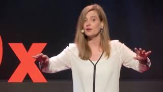 Belgium on stage ou comment donner le goût d'apprendre les langues | Françoise Masuy | TEDxUCLouvain