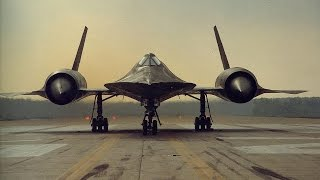 SR-71 Blackbird - Top 10 awesome facts about the world's fastest jet airplane