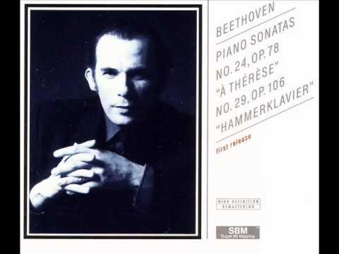 Glenn Gould - Beethoven - Piano Sonata No. 24