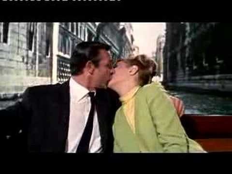 FROM RUSSIA WITH LOVE TRAILER