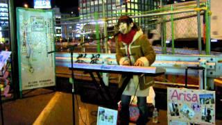 千葉県出身、ピアノ弾き語りシンガーソングライター、Arisa.