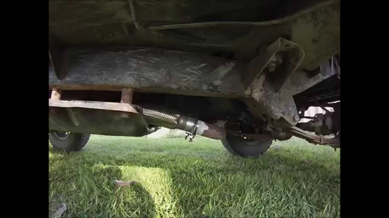jeep wrangler yj diy exhaust done at home installing muffler and catalytic converter youtube [ 1280 x 720 Pixel ]