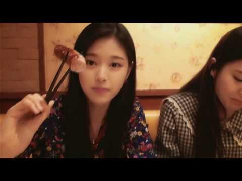 Loona Hyunjin Eating/Food Compilation (Part 1)