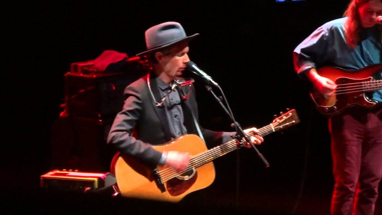 Beck:Everybody's Gotta Learn Sometime Lyrics | LyricWiki ...