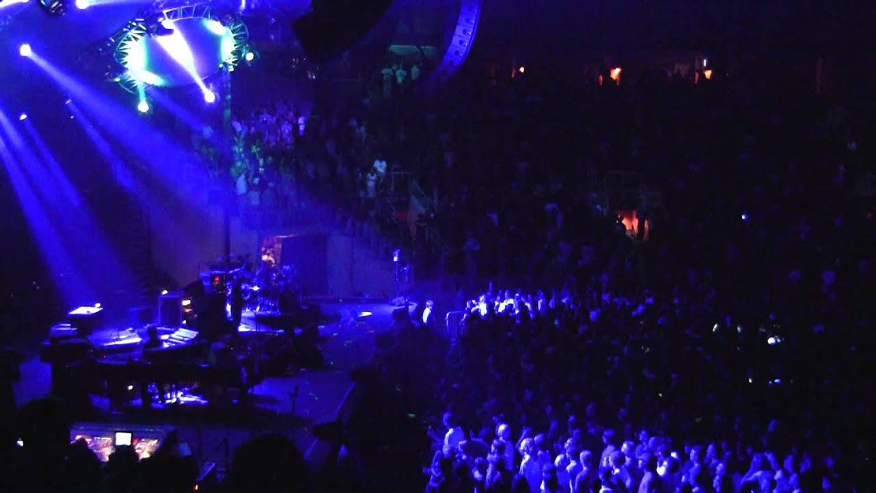 Phish: Slave To The Traffic Light HD   1st Bank Center   Broomfield, CO  10 10 10
