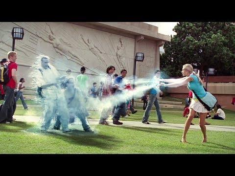 整个学校都是超人,泡妞都有风险,一不小心就会被惩罚!速看科幻电影《超人高校》