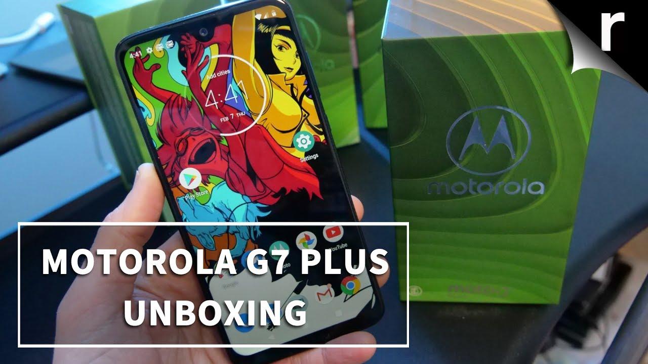 Moto G7 Plus Unboxing & Tour