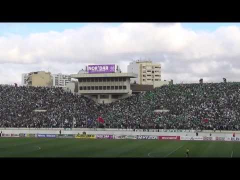 شاهد روعة جمهور الرجاء المغربي في مباراة وفاق سطيف الجزائري