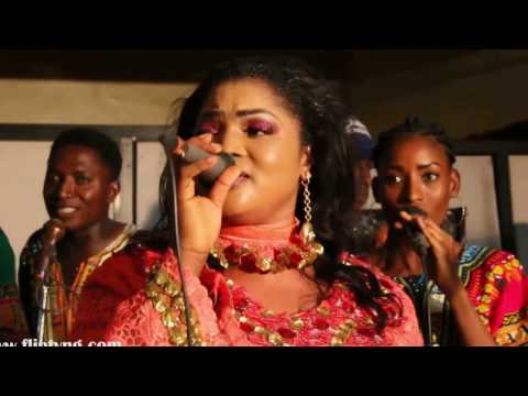 SEE  WHAT MERCY AIGBE'S HUBBY, LANRE GENTRY IS DOING WITH  BUSOLA 'ELEYELE' AT CELCOM'S NIGHT