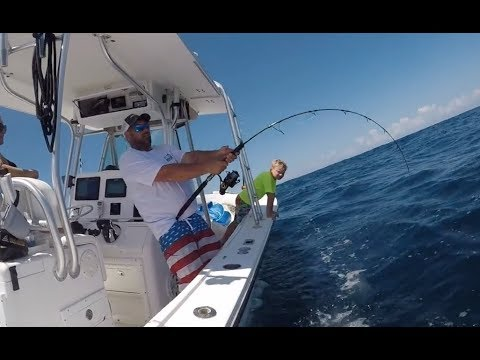 CENTER CONSOLE OFFSHORE ACTION | Billfish TV 0110