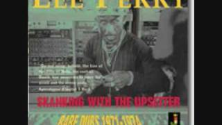 Lee Perry - Skanking with the Upsetter Rare Dubs Perry in Dub