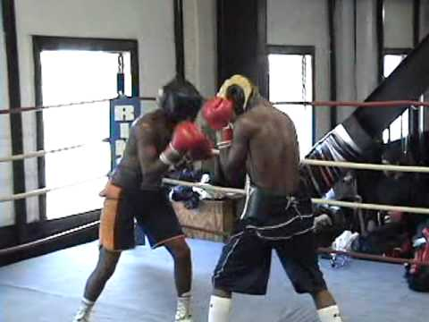 Sparring Match at the Broadway Boxing Gym {Craig vs lil Henry}