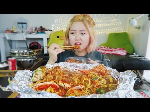 1. Spicy Seafood Boil  [ft. Soy Bean Sprouts] cooking/mukbang
