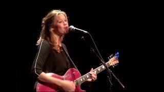 Dafne Holtland zingt in BBC