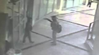 Two young boys try to rob a bank in Israel with a toy rifle Thumbnail