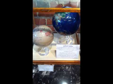 Magic Spinning Globe