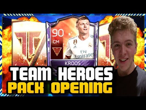 FIFA MOBILE 18 S2 TEAM HEROES PACK OPENING! HUNT FOR TEAM HEROES PLAYERS!!