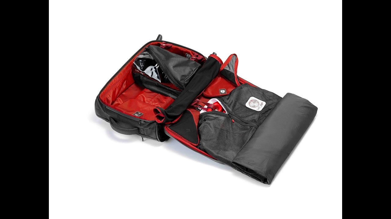 LAT_56 RW_01 Road Warrior Carry-On Suitcase (2-wheel) with Garment ...