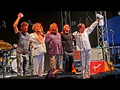 Hothouse Flowers: Don't go (live at A Summer's Tale 2018)