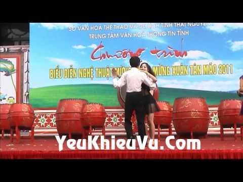Khieu Vu - Bachata - Tet Nguyen Dan 2011 Tan Mao - YeuKhieuVu.Com
