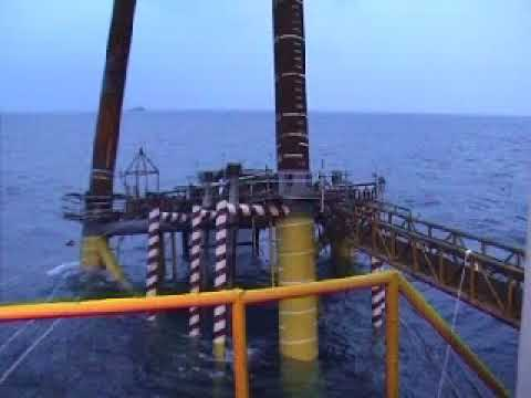 Offshore - Failure Jack up Installation