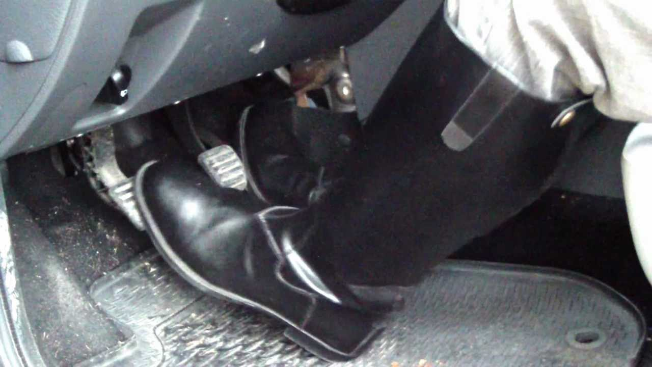 Riding Boots Pedal Pumping