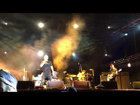 CHEAP WINE COLD CHISEL LIVE ADELAIDE 500