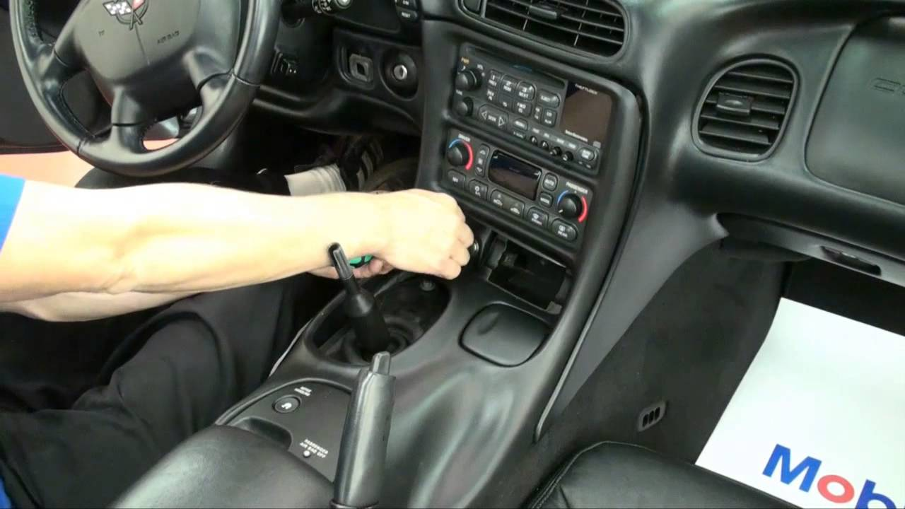 MGW - C5 Corvette Shifter Removal & Console Removal