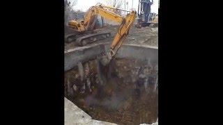 Shaft excavation for MTBM (microtunneling)