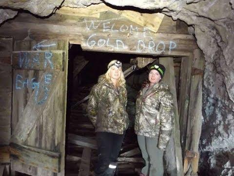 Twins come explore an Abandoned Mine!